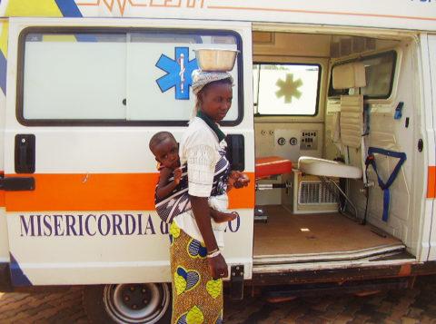 Acquistata ambulanza per l'ospedale in Mali